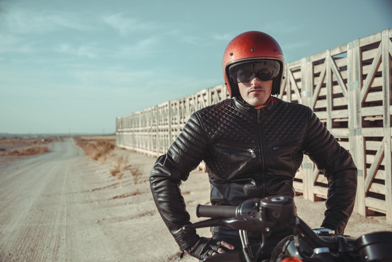 Photo laurent scavone / Motoblouz / Création de contenu de marque / Photo de moto, Harley Davidson et cuir moto