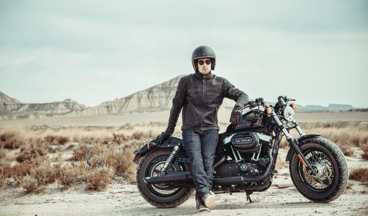 Photo : laurent scavone pour la communication Motoblouz, moto Harley Davidson Sporster 1200